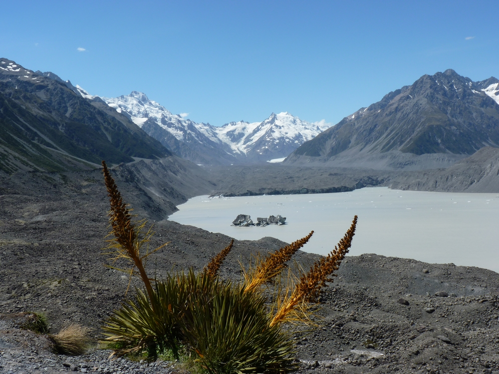 Hiking Mt Cook National Park-by Stephanie Le Rat